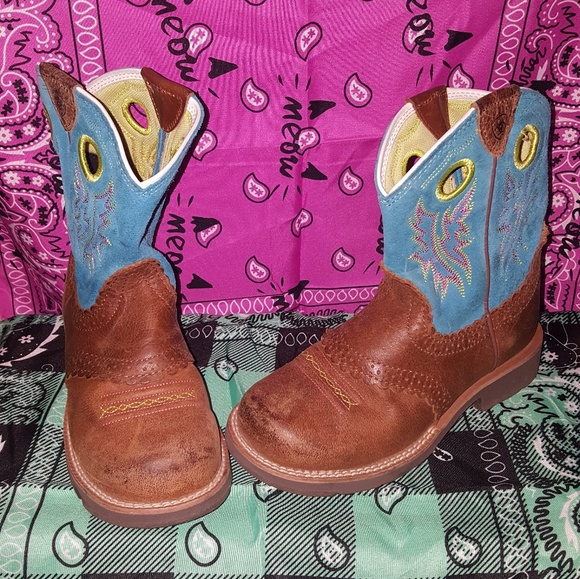 1cc629bd01e Little girls Ariat Boots